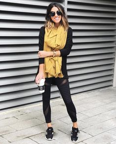 40 Ways to Style Leggings! - The Sister Studio Shoes For Leggings, Black Leggings Outfit, Cute Outfits With Leggings, Joggers Outfit, How To Wear Leggings, Sweaters And Leggings, Leggings Fashion, Stylish Winter Outfits, Casual Fall Outfits