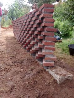 resultado de muro parametrico Brick Walkway, Brick Fence, Brick Architecture, Architecture Details, Brick Projects, Brick Cladding, Brick Art, Brick Construction, Backyard Paradise