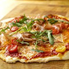 Jeg elsker en smakfull, tynnbunnet italiensk pizza! Når jeg får det, spiser bestandig mye mer