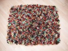 The Patchwork Heart: Rag Rug Tutorial Rag Rug Tutorial, Diy Tutorial, Diy Home Crafts, Easy Crafts, Rag Rug Diy, Rag Rugs, Proddy Rugs, Fabric Crafts, Sewing Crafts