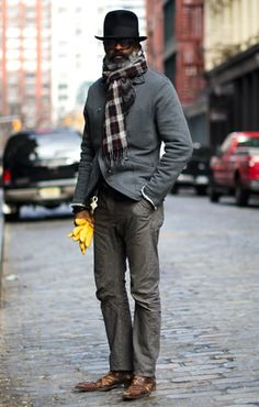 Love the gloves n hat. Sometimes what it's the accessories that make the look POP!
