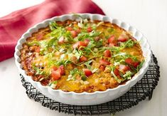 Skinny Chicken Casserole - Mexican Recipes - Old El Paso Mexican Chicken Casserole, Fiesta Chicken, Bariatric Eating, Bariatric Recipes, Mexican Dishes, Mexican Food Recipes, Healthy Recipes, Healthy Meals, Dinner Recipes