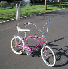 That's what I'm talking about!  Looks just like the #bike I had as a girl - banana seat, sissy bar and sparkly seat!