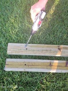 Make your own DIY Hammock Stand for 40 bucks! This is the perfect weekend project! Hammock Frame, Diy Hammock, Backyard Hammock, Indoor Hammock, Hammock Stand, Backyard Furniture, Diy Furniture Plans, Backyard Projects, Outdoor Projects
