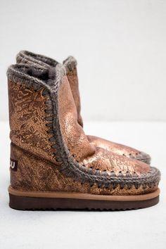 Mou Copper Eskimo Short Boot | $350