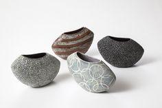 Klik for at lukke Ceramic Tableware, Ceramic Decor, Ceramic Cups, Ceramic Art, Slab Pottery, Ceramic Pottery, Clay Vase, Pinch Pots, Pottery Sculpture