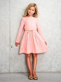 This Pin was discovered by Tati. Discover (and save!) your own Pins on Pinterest. | See more about fashion looks, girl fashion and little dresses.