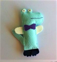 un petit crocodile en feutrine