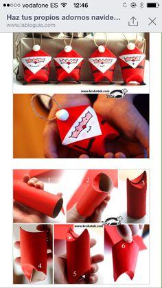 Santa Claus con rollo de papel.
