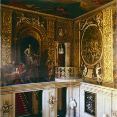 Chatsworth ~ painting on walls