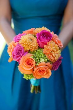 love the pink/orange and blue accent color