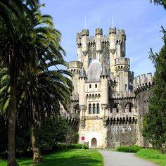 Medieval Castle Butrón - Architecture Gatika, Spain - http://www.1pic4u.com/2014/05/14/medieval-castle-butrn-architecture-gatika-spain/
