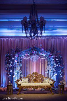 Wedding indian reception mehendi Ideas for 2019 Wedding Stage, Wedding Reception, Wedding Venues, Dream Wedding, Reception Backdrop, Wedding Venue Decorations, Wedding Themes, Wedding Designs, Wedding Ideas