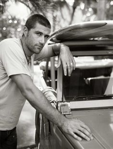 Matthew Fox lives in my town.