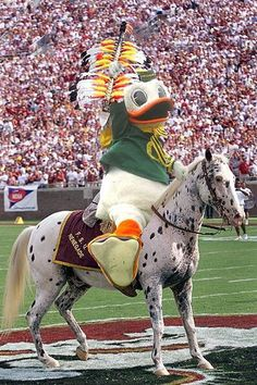 2015 ROSE BOWL FINAL SCORE: Oregon 59, Florida State 20. The FSU winning streak has been broken and 2015 has started off with FSU's first loss since November 24, 2012. The Ducks will advance to the CFP Championship Game. A picture is worth a thousand words! For Jameis Winston this was his 1st loss as QB since high school or 1,133 days ago. {via @JohnRadcliff]