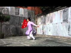 ▶ Wudang Kung Fu Fan | Shifu Pan Kedi, via YouTube. Wow, such a beautiful and graceful performance!