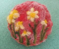 Needle felted brooch, handmade unique gift -daffodils