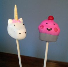 I die. Unicorns and cupcakes---two of my favorites!!!