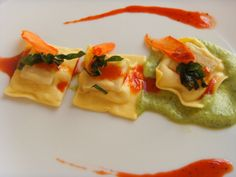 Ravioli stuffed with broth