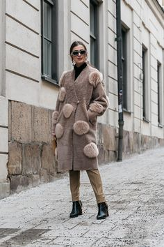 , Streetstyle на Неделе моды в Стокгольме Fashion Mode, Diy Fashion, Love Fashion, Fashion Outfits, Womens Fashion, Street Fashion, Ootd Winter, Autumn Winter Fashion, Winter Outfits
