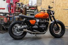 View a couple of my best builds – stylish scrambler designs like this – Cafe Racer Fans View a couple of my best builds – stylish scrambler designs like this View a couple of my best builds – stylish scrambler designs like this Triumph Cafe Racer, Triumph Street Scrambler, Triumph Scrambler, Cool Motorcycles, Triumph Motorcycles, Vintage Motorcycles, Indian Motorcycles, Triumph Bonneville Custom, Retro Bikes