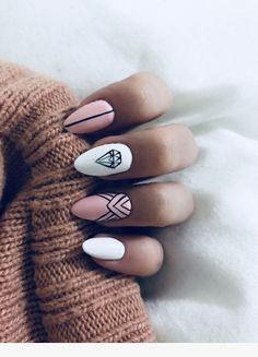 Diamond Nails: 30 Nail Designs with Diamonds 30 Beautiful Diamond Nail Art Designs Cute Nails, Pretty Nails, My Nails, Oval Nails, Diamond Nail Art, Diamond Nail Designs, Diamond Design, Nagellack Trends, Nail Polish