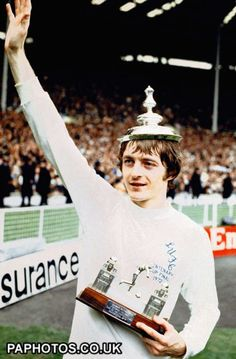 Allan Clarke Incredible site for old Leeds pics http://www.friendsreunited.com/soccer-fa-cup-final-leeds-united-v-arsenal/Memory/7ed5d00e-e232-4102-b7f9-a00a00e8c20a#