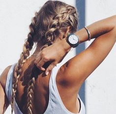 Why can't I have perfect hair like this? Casual Hairstyles, Messy Hairstyles, Pretty Hairstyles, Pelo Casual, Good Hair Day, Hair Dos, Gorgeous Hair, Her Hair, Hair Inspiration