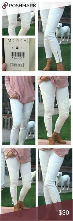Sold out White S motto jegging like pants NWT So adorable NWT reposh @annnoe photo credits. I realized I had ordered another similar pant at the same time I got these! Fits S or 2-4 best and has nice stretch. Ankle crop style (see pics. on model). Very stylish and comfortable you can't go wrong in these! 5-star rated item and seller. Add more items in my closet for same ship rate and contact me to reduce your ship within the hour that you check out. boutique Pants Ankle & Cropped
