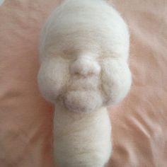 Esculpindo lã II #lã #sculpting #handmade #woll #waldorfdoll #madeinportugal
