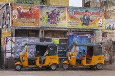 Madurai, typisches Strassenbild Madurai, Vespa Ape, Piaggio Ape, Van, Indian, Hinduism, Old Town, Temple, Vehicles