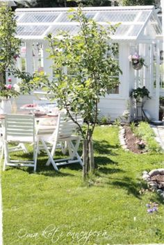 lovely green house....