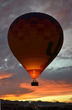 Hot Air Balloon Sunset | Flickr - Photo Sharing! - Matt Baldwin - Arizona Balloon Classic 2011