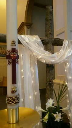 See 1 photo from 1 visitor to Ste. Easter Altar Decorations, Church Christmas Decorations, Church Interior Design, Church Stage Design, Church Flower Arrangements, Church Flowers, Easter Flowers, Crosses Decor, Church Banners