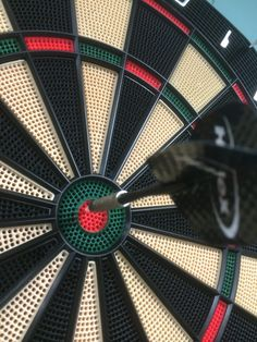 I think one of the greatest challenges with losing weight is staying on target. It doesn't matter how much you have to lose, there will be a point in time where it feels like nothing is happe… Trying To Lose Weight, Losing Weight Tips, Best Darts, Second Line, Best Weight Loss Plan, Recreational Activities, Fett, Target, Simple