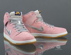 When Pigs Fly! Nike SB Dunk High Pro SB (554673 610) - Caliroots.com