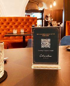Nun bieten wir Ihnen eine 𝗯𝗲𝘀𝗼𝗻𝗱𝗲𝗿𝘀 𝘀𝗶𝗰𝗵𝗲𝗿𝗲 𝗔𝗹𝘁𝗲𝗿𝗻𝗮𝘁𝗶𝘃𝗲 im Restaurant Charles an. In Sekunden erscheint das gewünschte Menü auf Ihrem Smartphone. Einfach die Kamera App öffnen und den Code scannen!   #stayinstyle #palais26villach #qrcode #safetyfirst #qr #urlaubinösterreich #kärntengoodlife #österreichurlaub #altstadt #weeklyspread #restaurant #villach #villachcity #lustamleben #nebensaison #visitaustria #carinthia #speisekarte #scanme #scannen #digital Restaurant, Smartphone, Display, App, Lettering, My Favorite Things, Drinks, Environment, Villach
