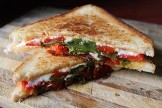 YUMMY TUMMY: Grilled Cheese Sandwich with Roasted Peppers & Tomatoes