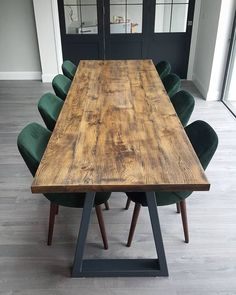 Loving these emerald green dining chairs supplied by the client in Howth Dublin Green Dining Room, Black Dining Chairs, Dinning Room Tables, Wooden Dining Tables, Dining Table Design, Dining Table In Kitchen, Oak Table, Coloured Dining Chairs, Industrial Dining Chairs