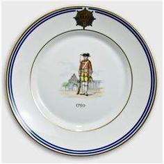 Royal Copenhagen Memorial plate, Uniforms of the Royal Life Guard 1750