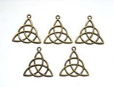 5 Antique Bronze Celtic Knot Charms by TreeChild1 on Etsy, $2.75