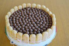 Cream Cake, Ice Cream, Tiramisu, Ethnic Recipes, Food, Custard Cake, No Churn Ice Cream, Cream Pie, Icecream Craft