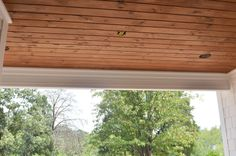 frontporchceiling stain Types Of Wood Flooring, Diy Wood Floors, Ceiling Trim, Porch Ceiling, Restore Wood Furniture, Minnesota, Wood Floor Texture, Pine Trim, Light Wood Kitchens