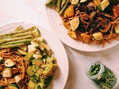 Spaghetti chipotle y verduras al vapor. By: Mi Neys.