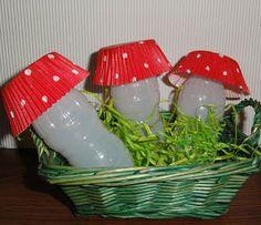 Mushrooms Bagan, Ale, Stuffed Mushrooms, Christmas Ornaments, Holiday Decor, Bottles, Animal, Home Decor, Xmas Ornaments