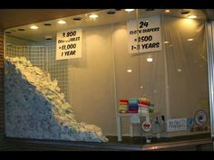 A good visual about cloth diapering! Ecco la differenza di ingobro tra dei pannolini lavabili e degli usa e getta...e pensare che quesgli usa e getta non sono pieni...
