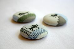 too cute! I love these cat fridge magnets by 20FourAcres on Etsy | Wollongong, Australia