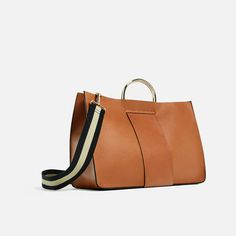 Image 5 of TOTE WITH METALLIC HANDLES from Zara