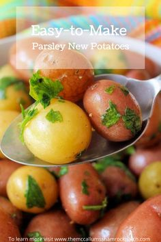This simple recipe for Classic Parsley New Potatoes get an infusion of chicken broth, butter,  and flat-leaf parsley to make a super easy, minimal-ingredient side dish. It's a perfect side dish to go along with any meal you might think of serving. Pork Recipes For Dinner, Side Dish Recipes, Whole Food Recipes, Healthy Recipes, Meatless Recipes, Dishes Recipes, Family Recipes, Delicious Recipes, Dishes To Go