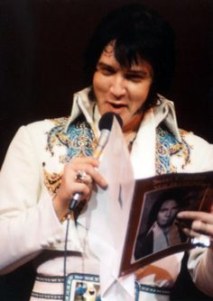 December 12 1976 (Closing Show - Las Vegas). When Elvis performed in Las Vegas, it was reported that one in every two visitors saw his show.